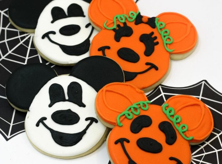 Mickey and Minnie Mouse Halloween Cookies
