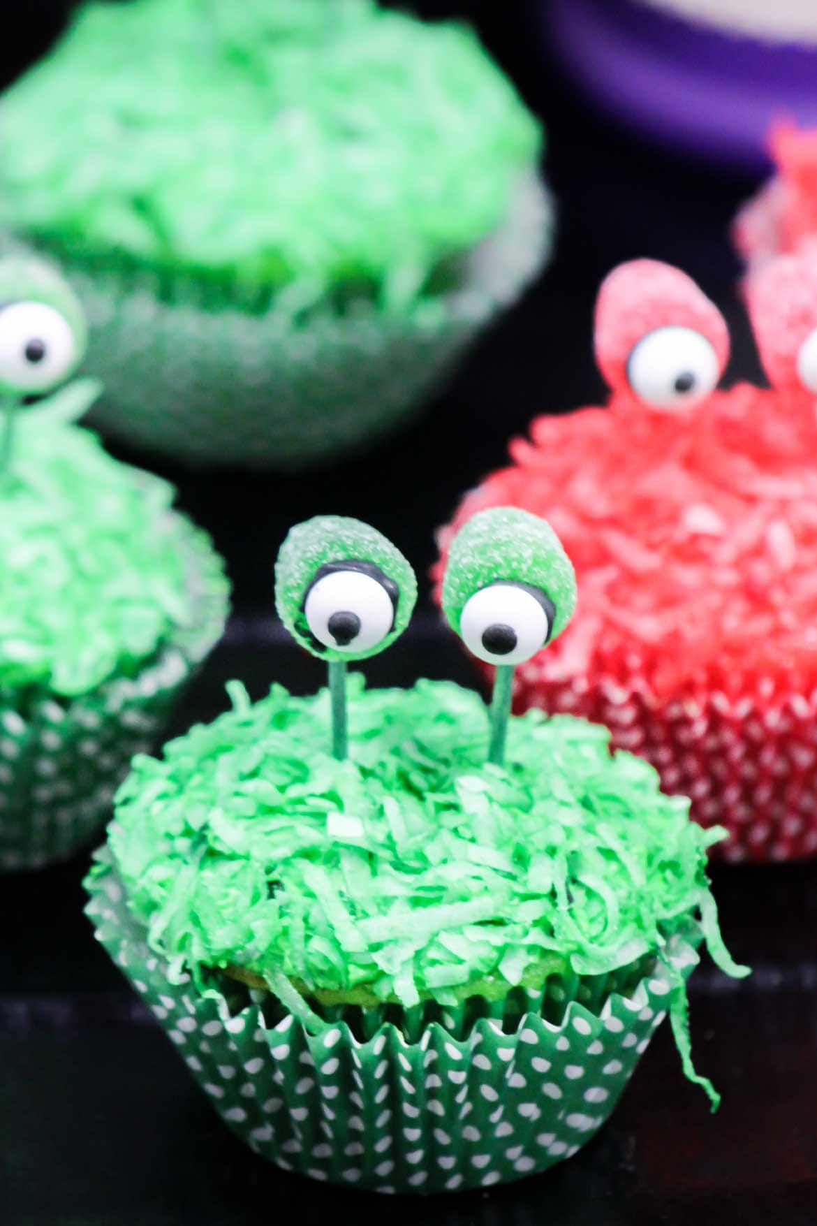 alien cupcakes with eyes on a stalk