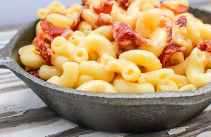 Cast Iron Bacon Mac and Cheese