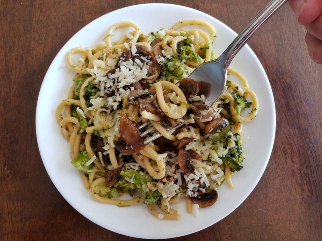 Chefs Plate Creamy Mushroom Carbonara Pasta with broccoli