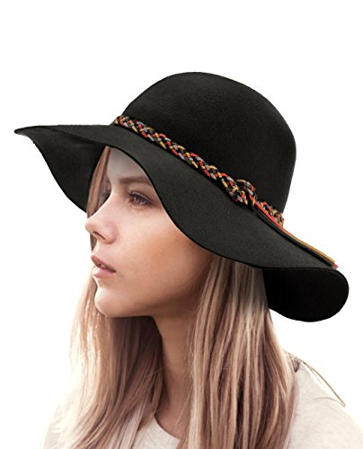 70534032f 20 Must Have Hot Summer Fashion Accessories