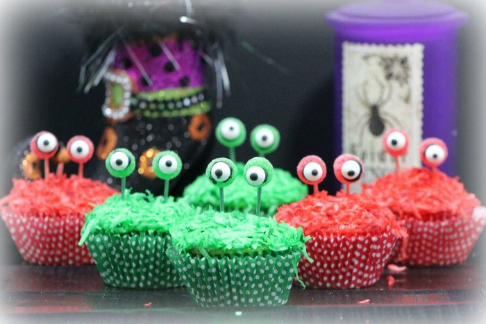 Easy Monster Eye Cupcakes RecipeEasy Monster Eye Cupcakes Recipe