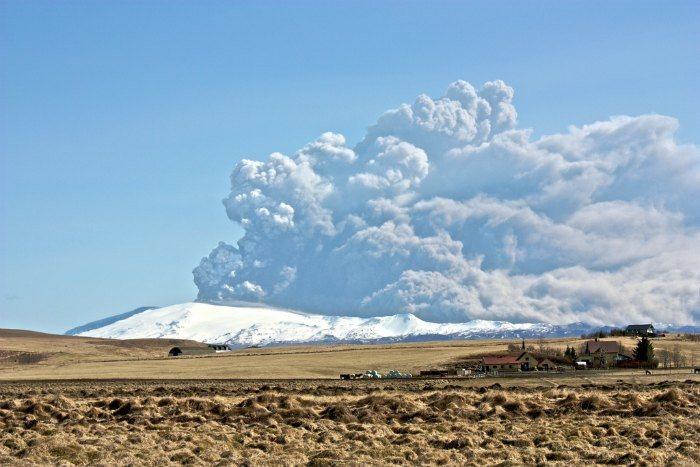 Eyjafjallajökull erruption by Bjarki Sigursveinsson on Flickr