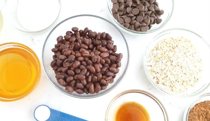 Ingredients for fudgy black bean brownies