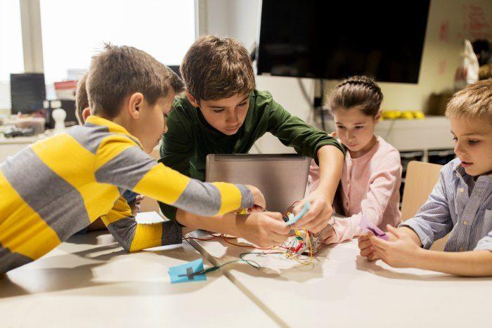 Kids at a summer tech camp DP