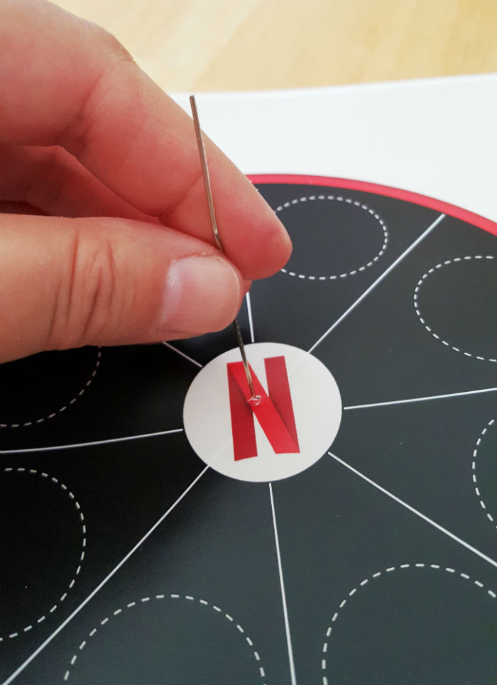 Netflix spinner paper clip ready through paper