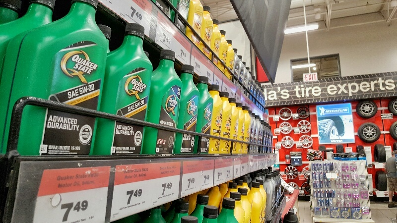 Quaker State Advanced Durability Motor Oil in Canadian Tire