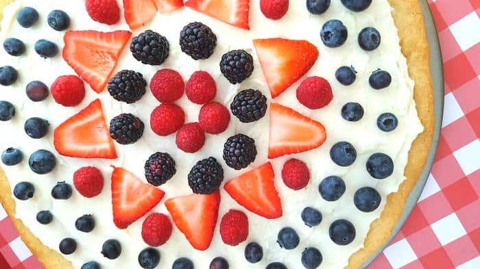 Strawberry Pizza Recipe with Raspberries and Blueberries and a Sugar Cookie Crust