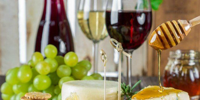 Tips for keeping wine fresh after you open it