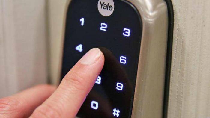 Yale Keyless Deadbolt Keypad