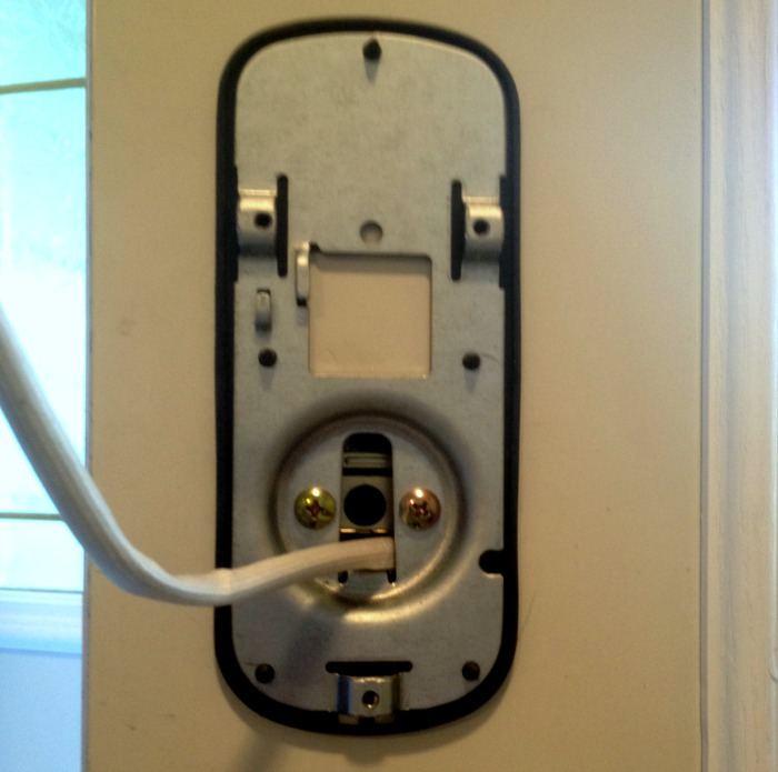 download installing new deadbolt free internetmerchant. Black Bedroom Furniture Sets. Home Design Ideas
