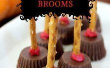 oh so very easy Reeses Halloween Brooms